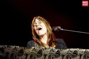 Concert Beth Hart la Sala Palatului din București pe 17 iunie 2016
