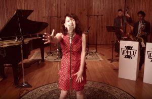 videoclip-postmodern-jukebox-you-give-love-a-bad-name