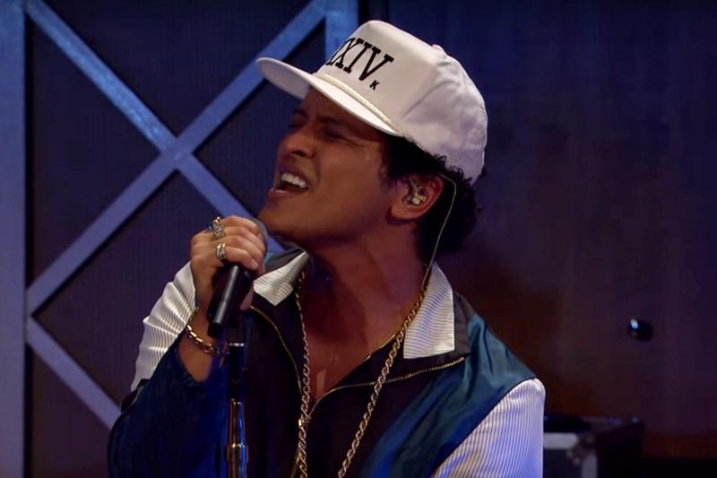 Bruno Mars - All I Ask (live)