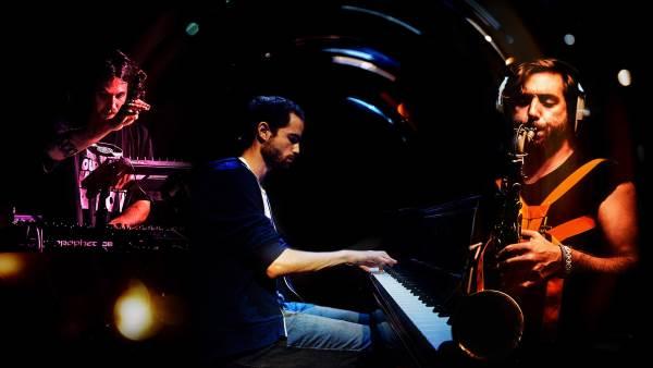 Nitai Hershkovits Trio la Club Control