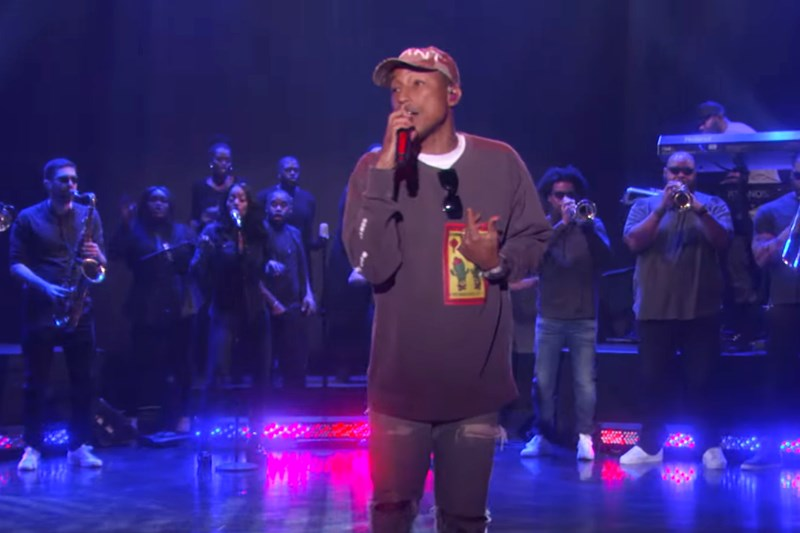 Pharrell Williams, live@Ellen