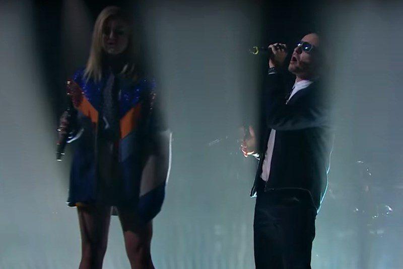 Linkin Park ft. Kiiara: Heavy