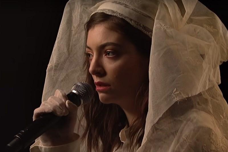 Lorde - Liability (live la SNL)