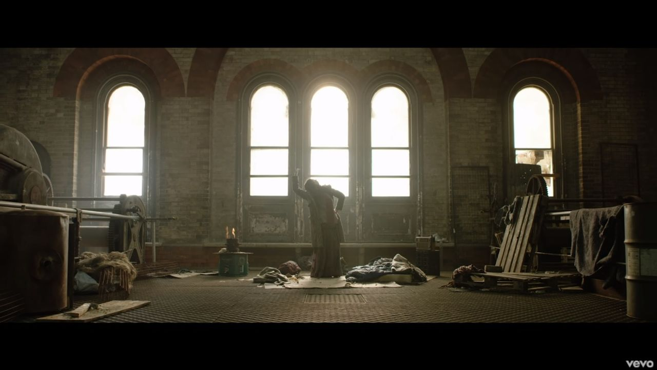 Videoclip Roger Waters The Last Refugee