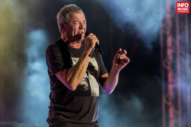 Ian Gillan în concert cu Deep Purple la București
