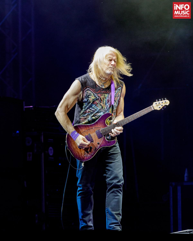 Steve Morse în concert cu Deep Purple la București