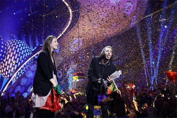 Câștigătorii Eurovision 2017: Salvador Sobral și sora sa, Luísa Sobral