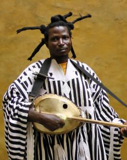 Concert King Ayisoba & Zea la Club Control