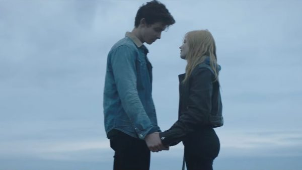 Videoclip Shawn Mendes There's Nothing Holdin Me Back