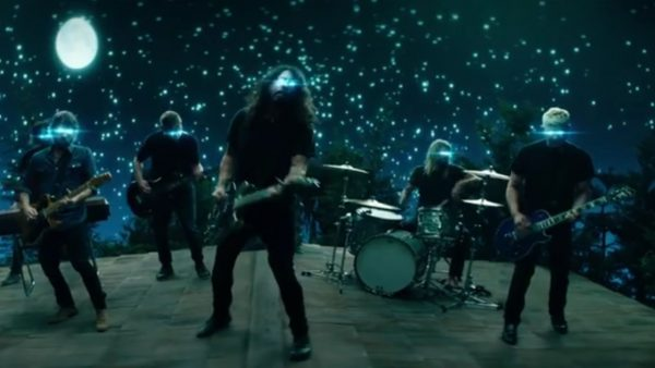 Videoclip Foo Fighters the Sky is a Neighborhood