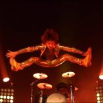 Videoclip The Darkness Solid Gold