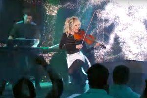 """Lindsey Stirling - """"The Arena"""", live la Jimmy Kimmel"""