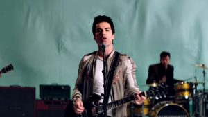 Stereophonics - Caught By The Wind