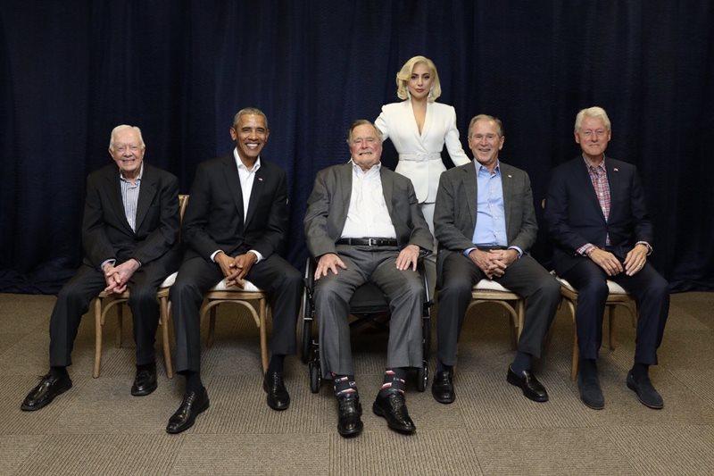Lady Gaga alături de Barack Obama, George W. Bush, Bill Clinton, George Bush și Jimmy Carter