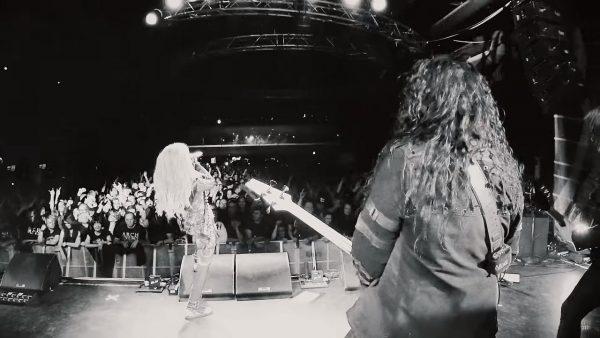 Videoclip Arch Enemy The Race