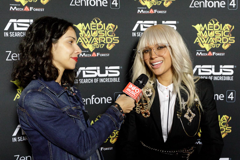 Lora intervievată de InfoMusic în backstage la Media Music Awards