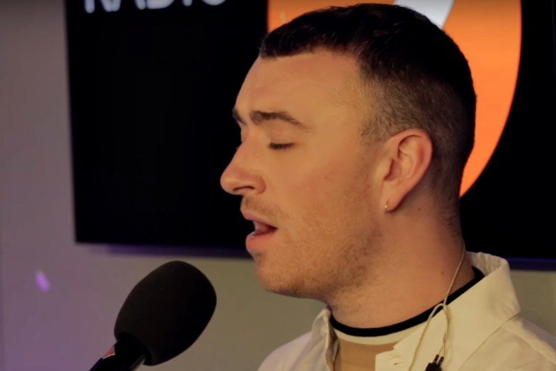 Sam Smith interpretând live un cover după Oleta Adams