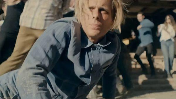 Videoclip Awolnation Seven Sticks of Dynamite