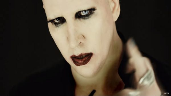 Videoclip Marilyn Manson Tattooed in Reverse