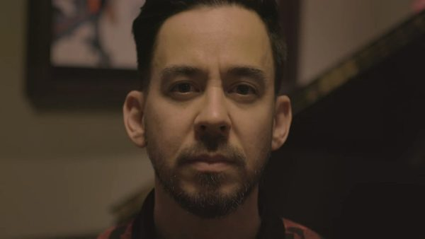 Videoclip Mike Shinoda Crossing a Line