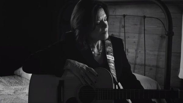 Videoclip Rosanne Cash The Walking Wounded