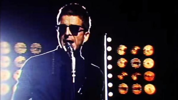 Noel Gallagher's High Flying Birds - 'She Taught Me How To Fly'