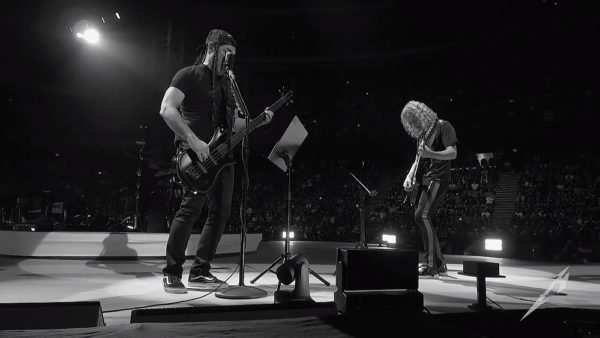 Metallica canta cover Europe The Final Countdown Suedia 2018