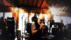 Videoclip Judas Priest No Surrender