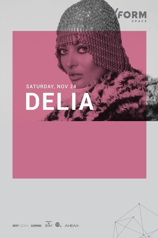 Delia la Form Space Club