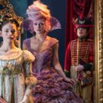 "Mackenzie Foy și Keira Knightley în filmul ""The Nutcracker and the Four Realms"""