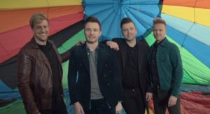Videoclip Westlife Hello My Love