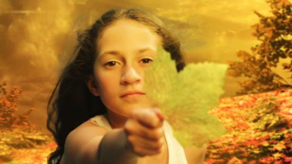 """Emme, fiica lui Jennifer Lopez, în videoclipul """"Limitless"""""""