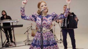 Videoclip Elena Gheorghe Ela Ela