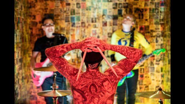 Videoclip Blink 182 Generational Divide