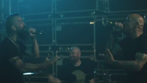 Videoclip Killswitch Engage The Signal Fire