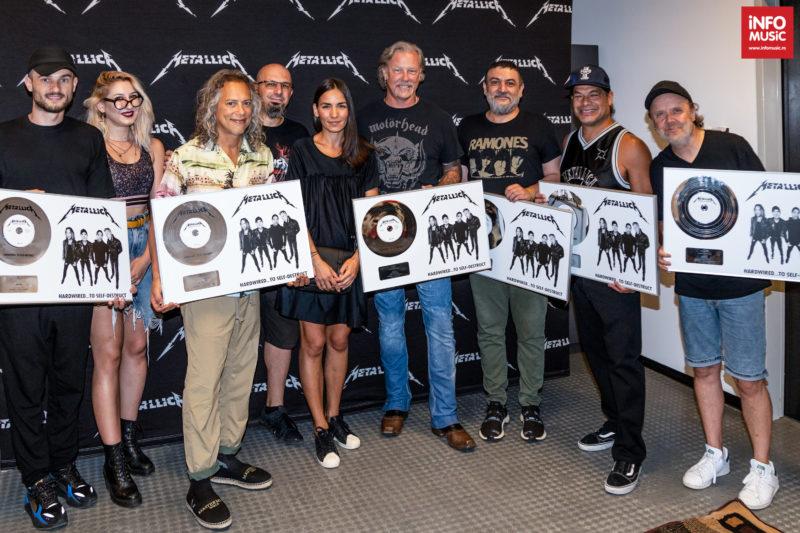 Metallica a primit Discul de Platină în România pentru