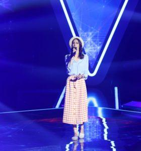 Zoe Grigoraș în timpul audițiilor pe nevăzute de la Vocea României 2019