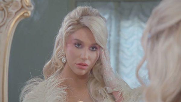 Videoclip Kesha Freedia Raising Hell