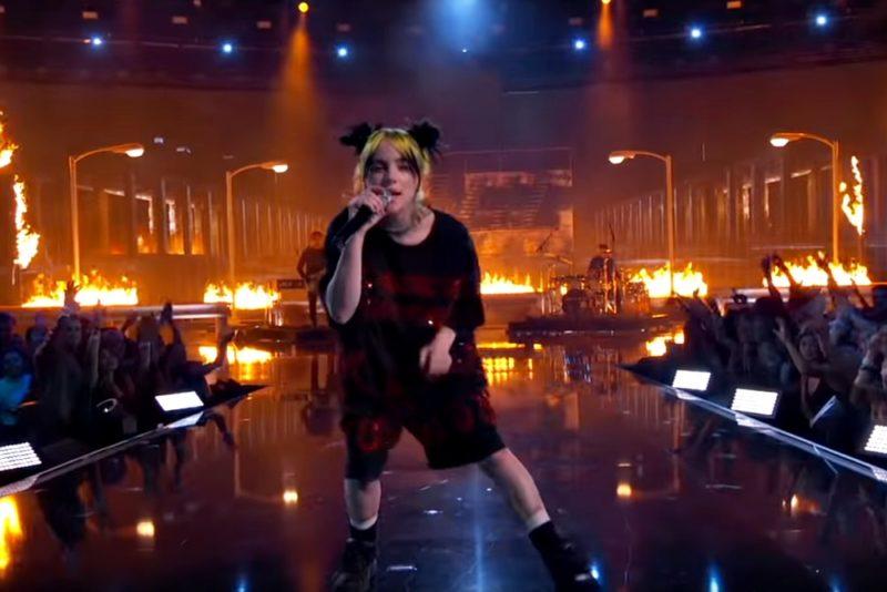 Billie Eilish live la American Music Awards 2019 (Screenshot)