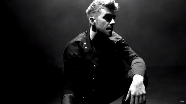 Videoclip The Chainsmokers Push My Luck
