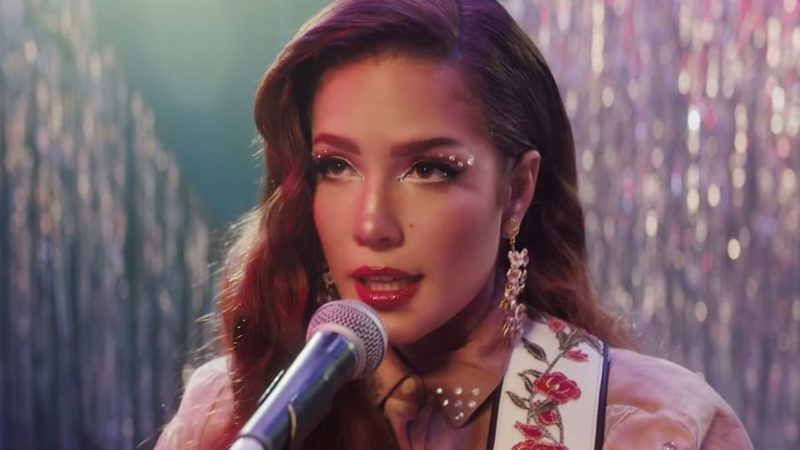 Videoclip Halsey Finally Beautiful Stranger