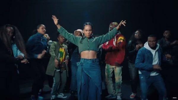 Videoclip Alicia Keys Underdog