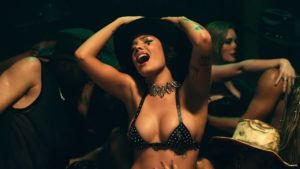 Videoclip Halsey You Should Be Sad