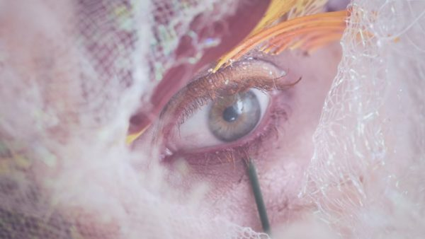 Videoclip Hayley Williams Leave It Alone