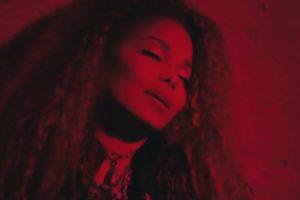 "Janet Jackson (Screenshot videoclip ""No Sleeep"")"