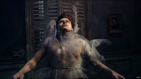 Videoclip Harry Styles Falling