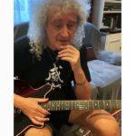 Brian May oferind lecții de chitară pe Instagram
