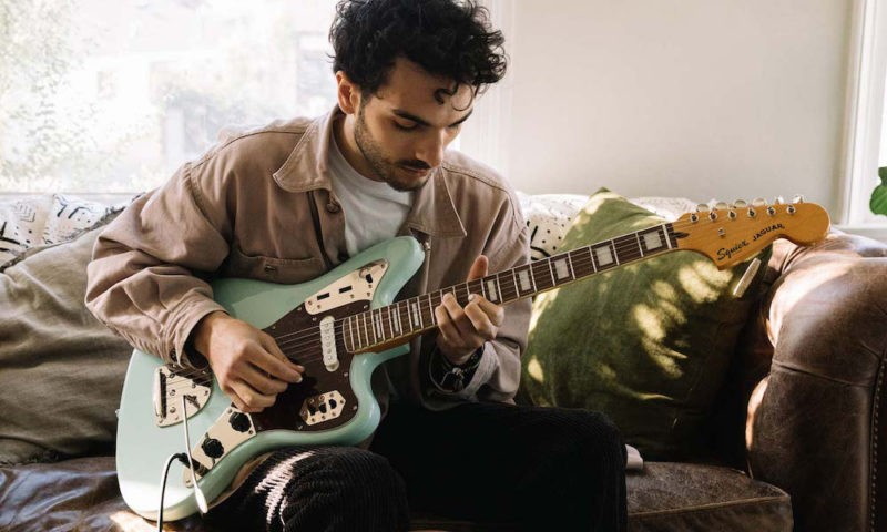 Fender Play lectii de chitara gratuite