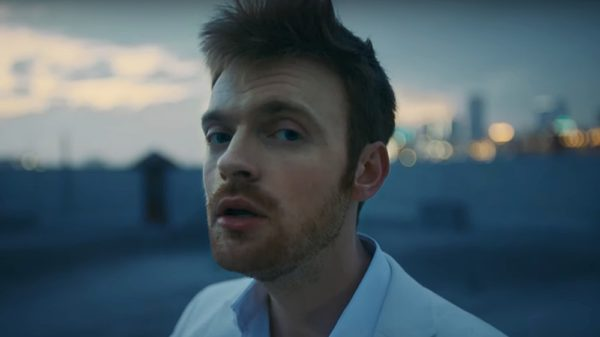 FINNEAS - Let's Fall in Love for the Night