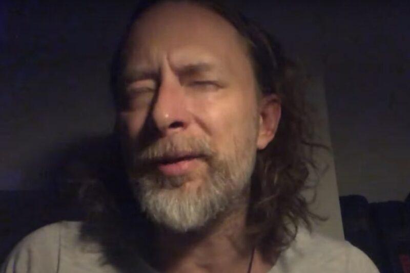 Thom Yorke în emisiunea lui Jimmy Fallon (captură ecran)